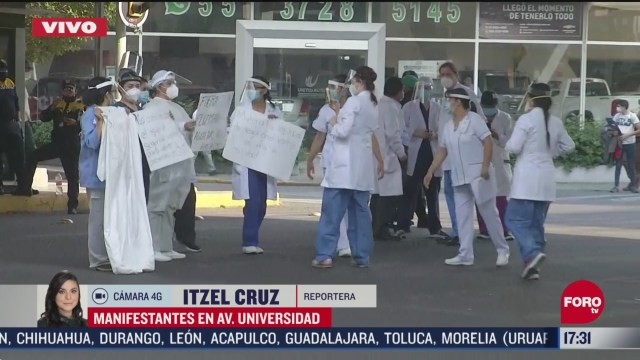 FOTO: medicos cierran av universidad en protesta por falta de insumos