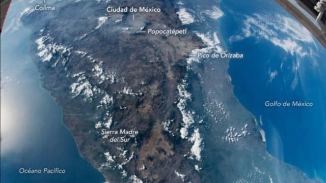NASA revela en fotografía una vista completa de México desde el espacio