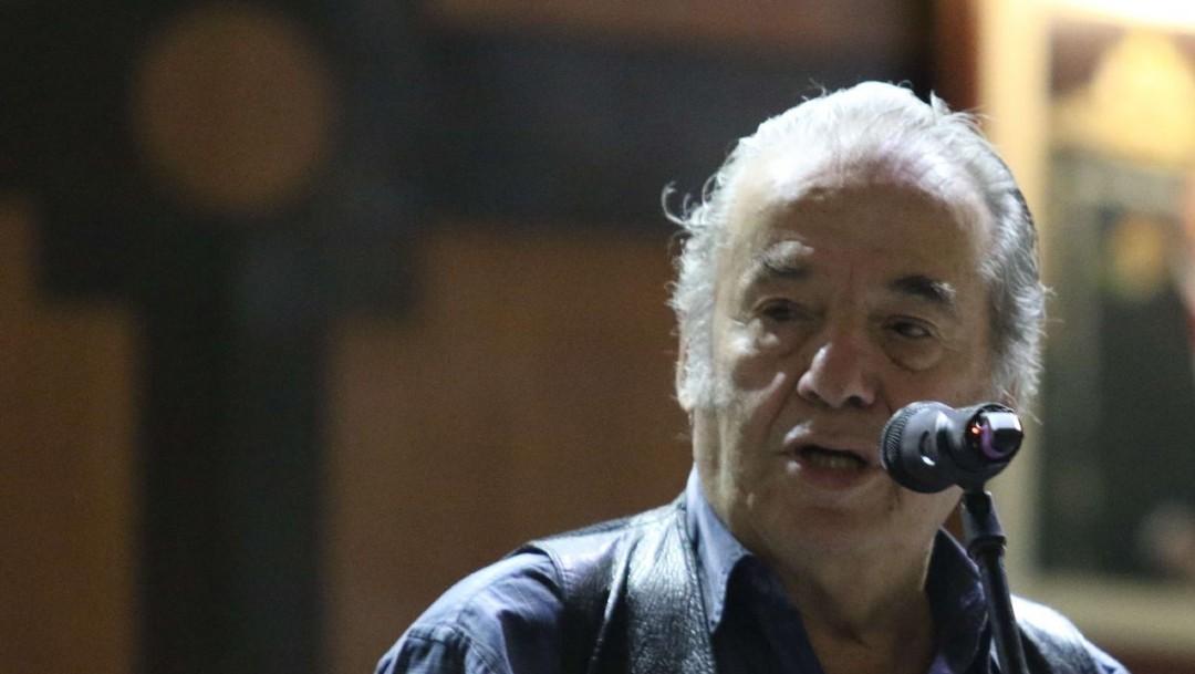 Foto: 'Por ti', de Óscar Chávez, suena en la mañanera de AMLO
