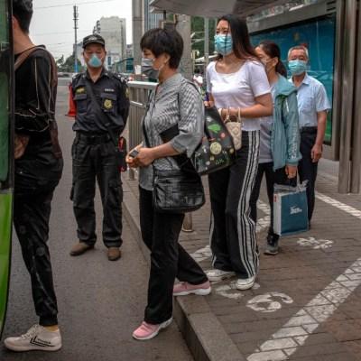Primeras pruebas de una vacuna china contra coronavirus dan resultados positivos
