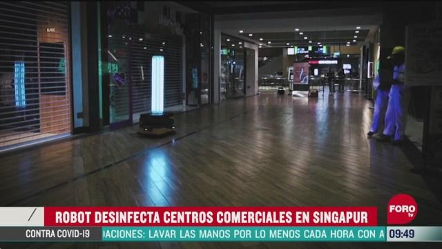 robot desinfecta centros comerciales en singapur