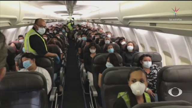 salen primeros vuelos con migrantes deportados a mexico