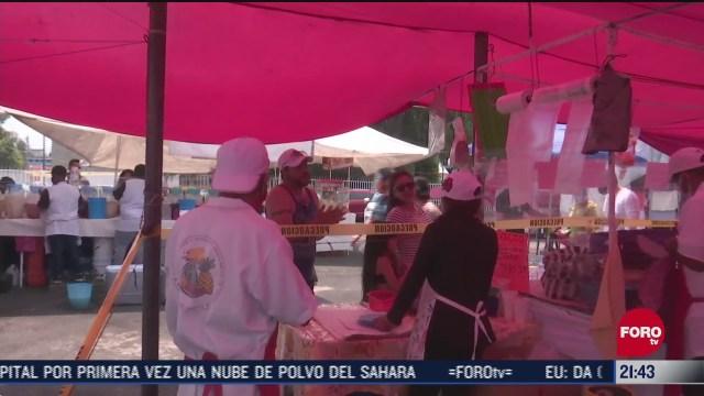 Comerciantes de tianguis con medidas de sanidad en nueva normalidad en CDMX