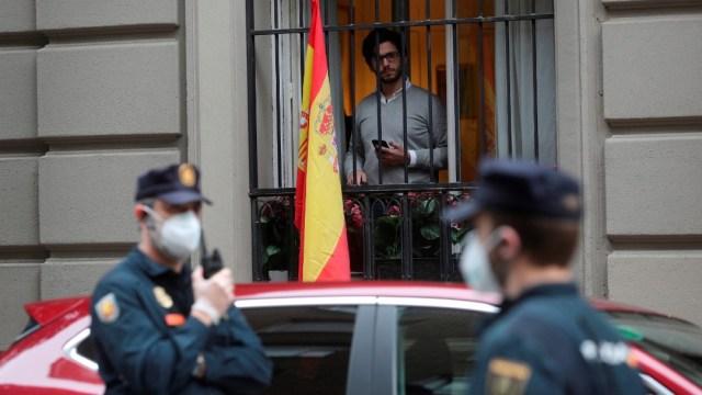 Turistas que lleguen a España deberán guardar cuarentena