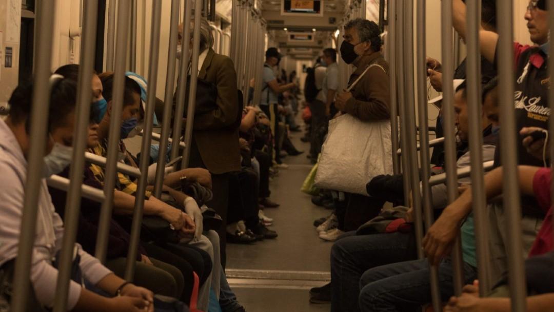 Foto: Usuario agrede a policías tras negarse a usar cubrebocas en Metro de CDMX