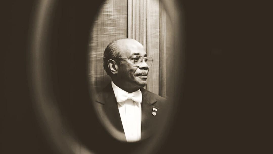 Muere exmayordomo de la Casa Blanca que trabajó para 11 presidentes por coronavirus