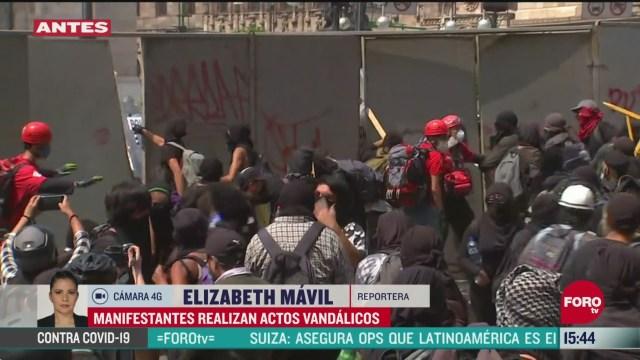 FOTO: anarquistas intentan danar el palacio de bellas artes