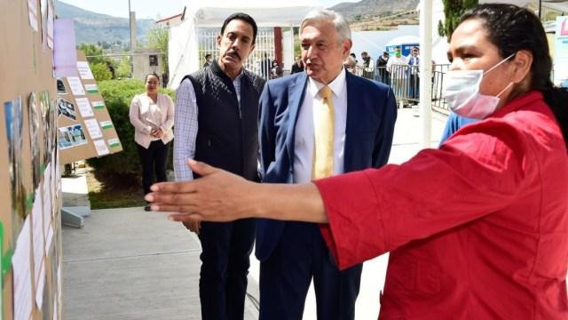AMLO visita una escuela en Hidalgo. Cuartoscuro