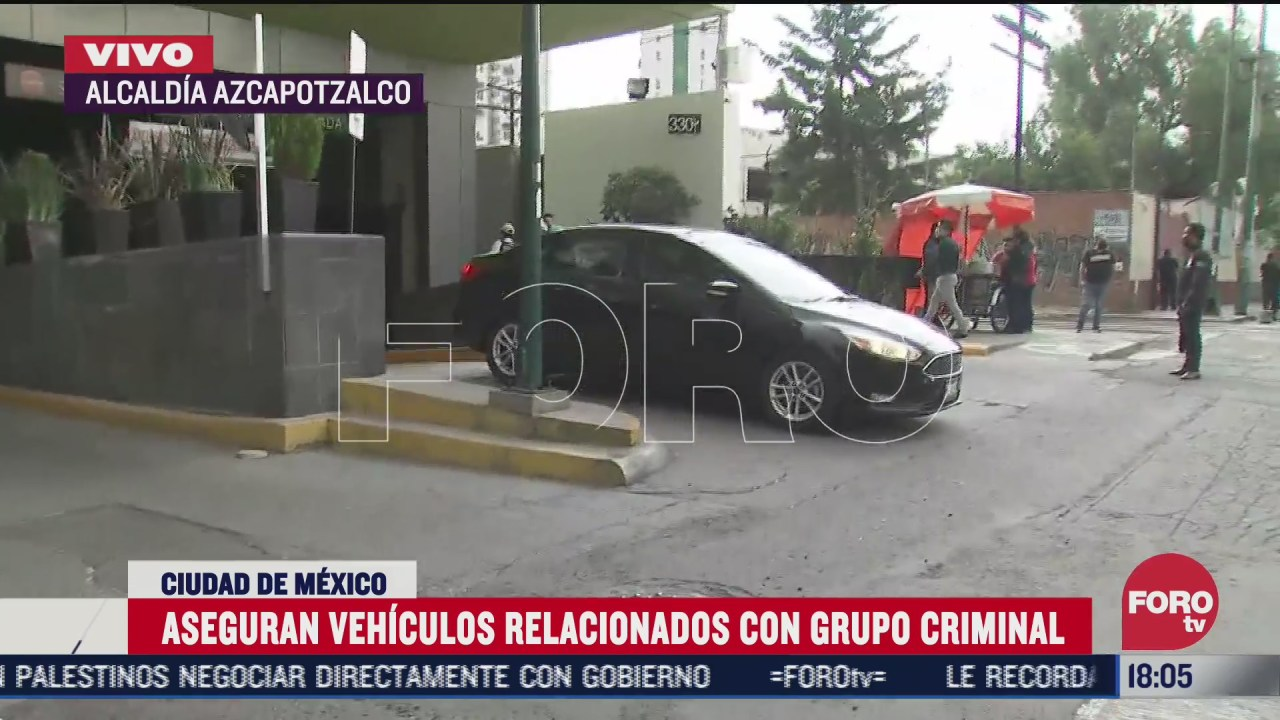 aseguran vehiculos de grupo criminal en centro comercial en azcapotzalco