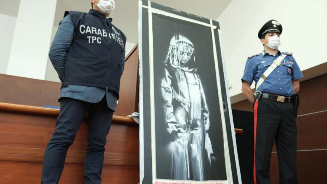 Seis detenidos por el robo del Banksy del Bataclan, en Francia