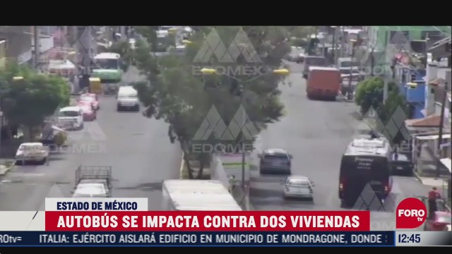 camion de transporte publico choca en nezahualcoyotl chofer sufre ataque de epilepsia