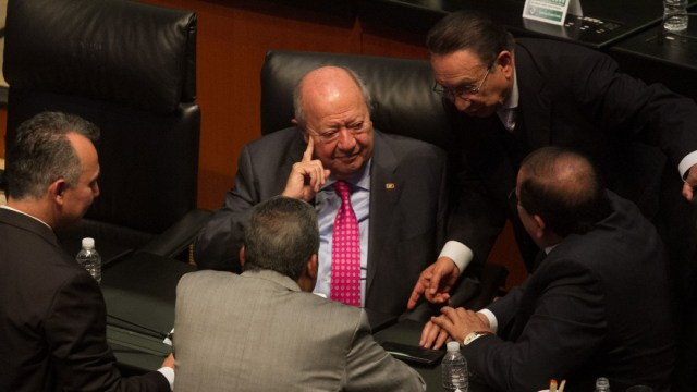 Desmienten que Carlos Romero Deschamps tenga COVID-19