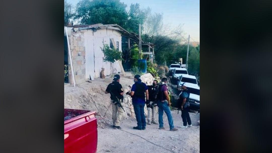 Aseguran drogas, armas, vehículos, niños y detenidos en ocho cateos en Caborca, Sonora
