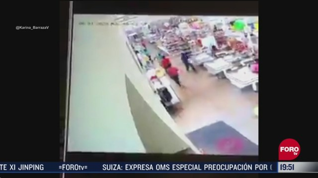 cliente golpea a cajero por pedirle usar el cubrebocas