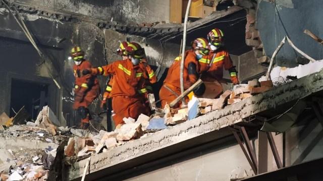 Suman 19 muertos y más de 170 heridos tras explotar un camión de gas en China