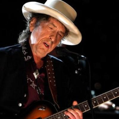 Bob Dylan reaparece; habla sobre el racismo y la pandemia de COVID-19