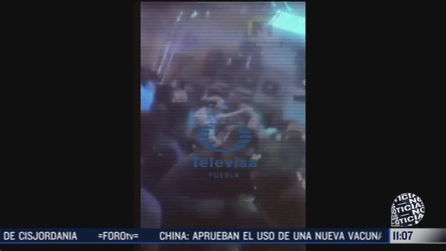 Grupo armado desata balacera y se lleva a dos jóvenes en Puebla