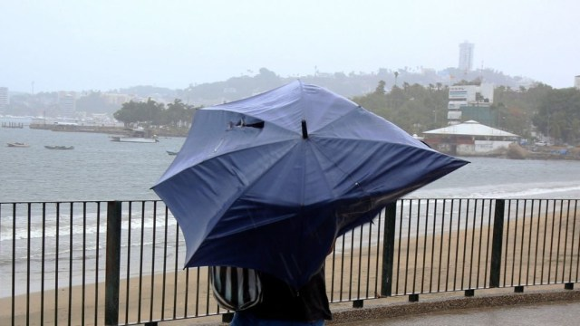 Fenómenos meteorológicos provocarán lluvias fuertes en México