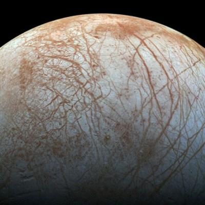 Registran más evidencia de que océano interior de luna Europa sería habitable