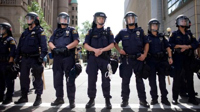 FOTO: Al menos siete policías de Mineápolis han dimitido desde el inicio de las protestas por la muerte de George Floyd, el 14 de junio de 2020