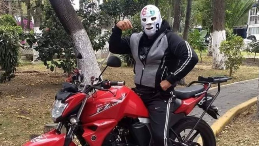 """Rodolfo García, mejor conocido como el luchador """"Matemático II"""". Twitter"""