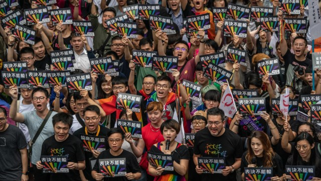 Protesta LGBTTTI en Taiwan; en Taipéi realiza desfile LGBT en plena pandemia