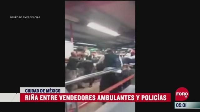 vendedores ambulantes se enfrentaron a golpes contra policias en el metro de la cdmx