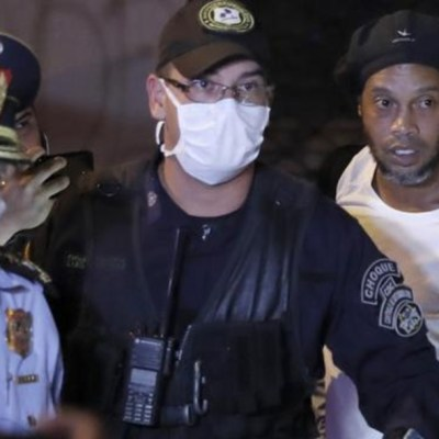 Ronaldinho está en prisión domiciliaria en Paraguay