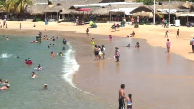 El secretario de Turismo de Acapulco, José Luis Basilio, informó que la ocupación hotelera en el puerto es de 21.1% luego de cuatro fines de semana de reapertura