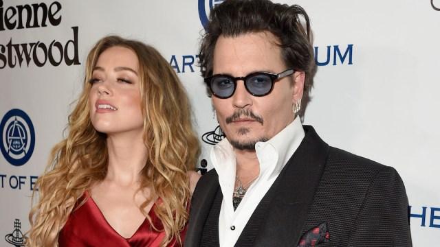 Amber Heard Defecó Cama de Johnny Depp