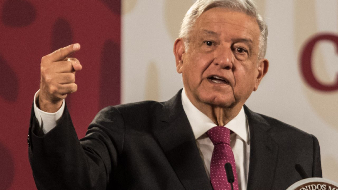 El presidente, Andrés Manuel López Obrador, en la conferencia matutina en el salón Tesorería de Palacio Nacional. (Foto: Cuartoscuro)