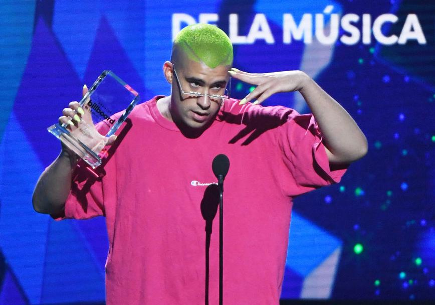 El cantante Bad Bunny fue reconocido como compositor del año de la música latina