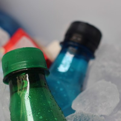 Con estos 5 trucos podrás enfriar más rápido tus bebidas