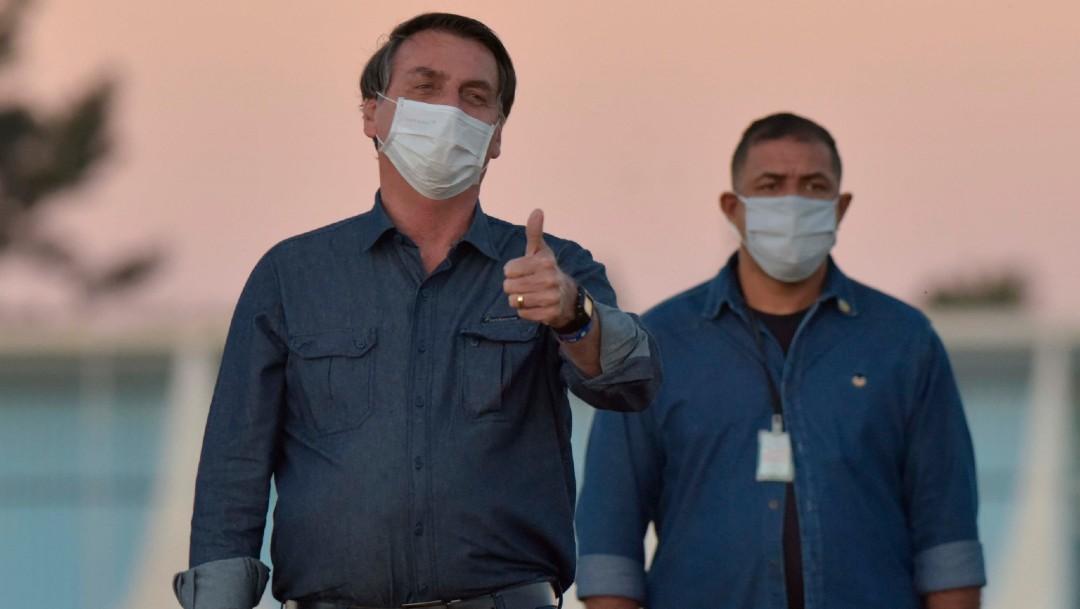 Bolsonaro da positivo de COVID-19 en nuevo test y seguirá de cuarentena