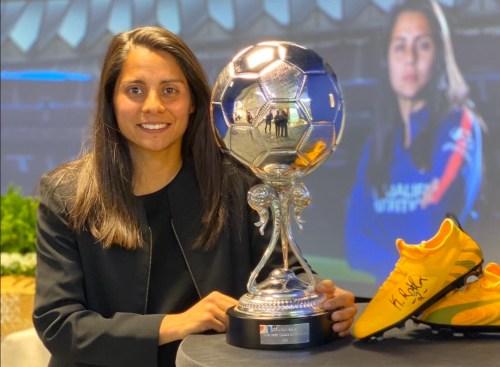 Kenti Robles, la primera mexicana que jugará con Real Madrid