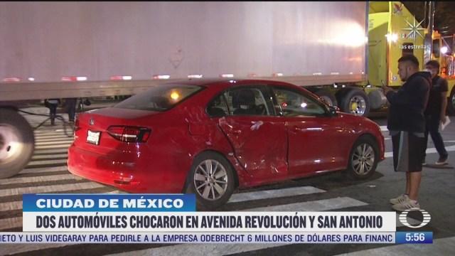 choque de dos automoviles en avenida revolucion y san antonio