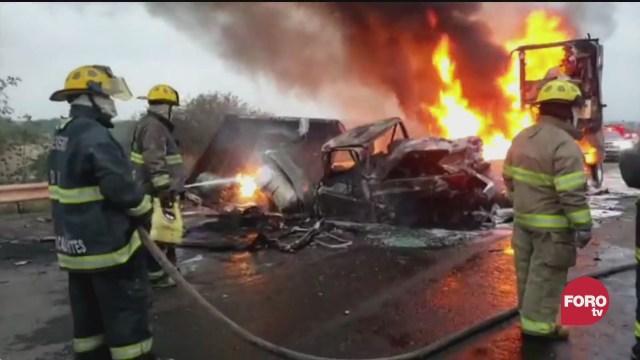 choque entre dos vehiculos deja un muerto en aguascalientes