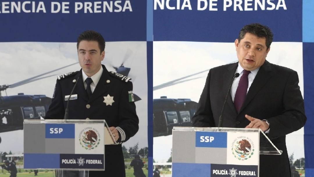 Luis Cárdenas Palomino (i), jefe de la División de Seguridad Regional de la Secretaría de Seguridad Pública Federal y Ramón Eduardo Pequeño García (d), Jefe de la División Antidrogas de la Secretaría de Seguridad Pública Federal
