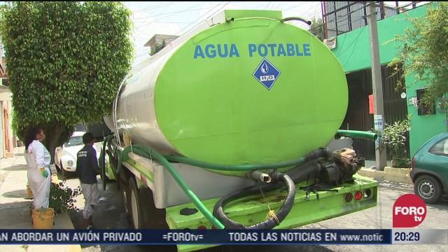 pipa de agua en corte por obras en el Cutzamala afecta colonias en Iztapalapa