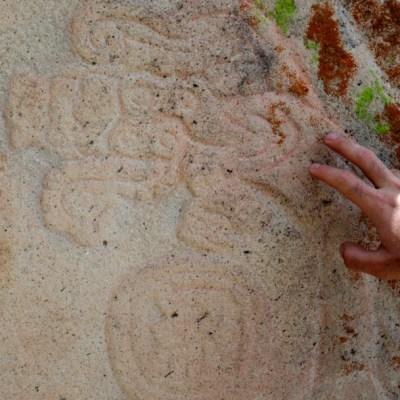 Encuentran ruinas prehispánicas en un cerro de Puebla