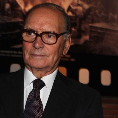 Compositor Ennio Morricone es enterrado en privado en cementerio de Roma