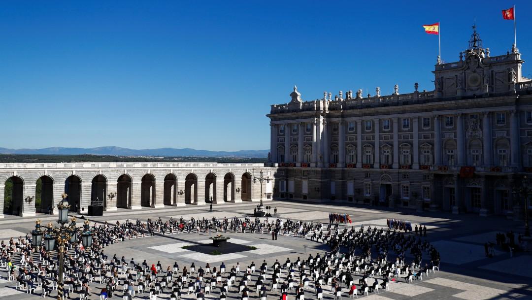 España rinde emotivo homenaje a las víctimas del coronavirus en ceremonia de Estado