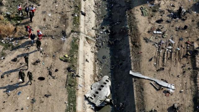 Irán confirma que un error humano derribó un avión ucraniano en enero