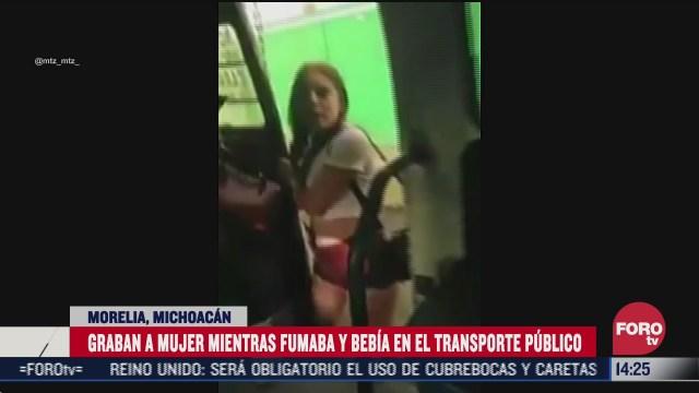 ladycombi se hace viral en redes por ir fumando y bebiendo en transporte publico