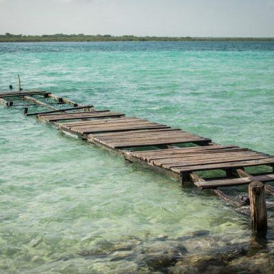 Laguna de Bacalar, en riesgo por turismo desordenado: investigadora de la UNAM