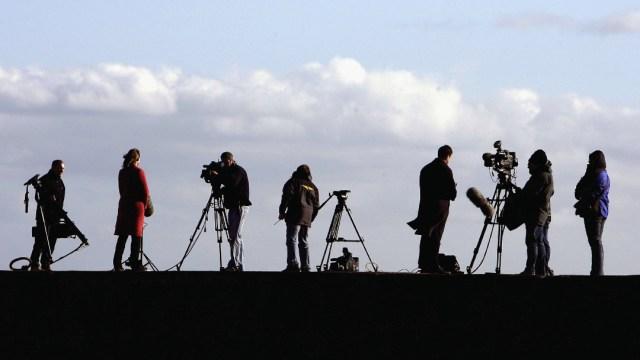 Periodistas, coronavirus causa la muerte de 186 periodistas, la mitad en Latinoamérica