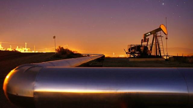 La AIE prevé aumento de producción mundial de petróleo a partir de julio tras caída por COVID-19