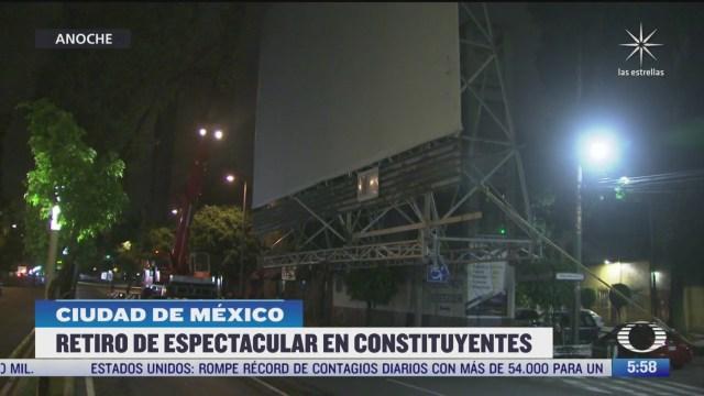 retiran anuncio espectacular de edificio de la colonia san miguel chapultepec en cdmx