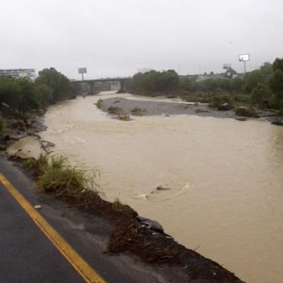 Buscan a adulto mayor arrastrado por corriente de agua de Hanna en Nuevo León