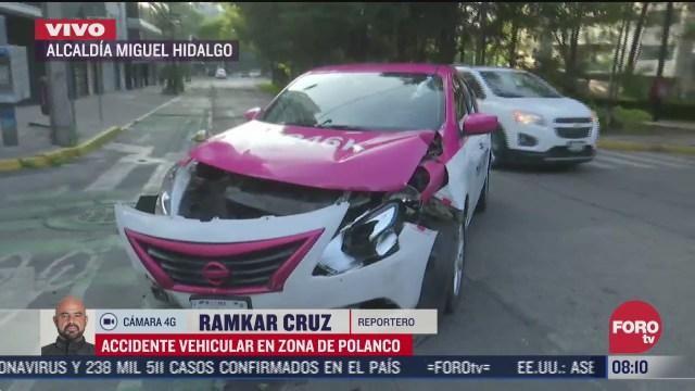 taxi y auto particular chocan en la colonia polanco cdmx